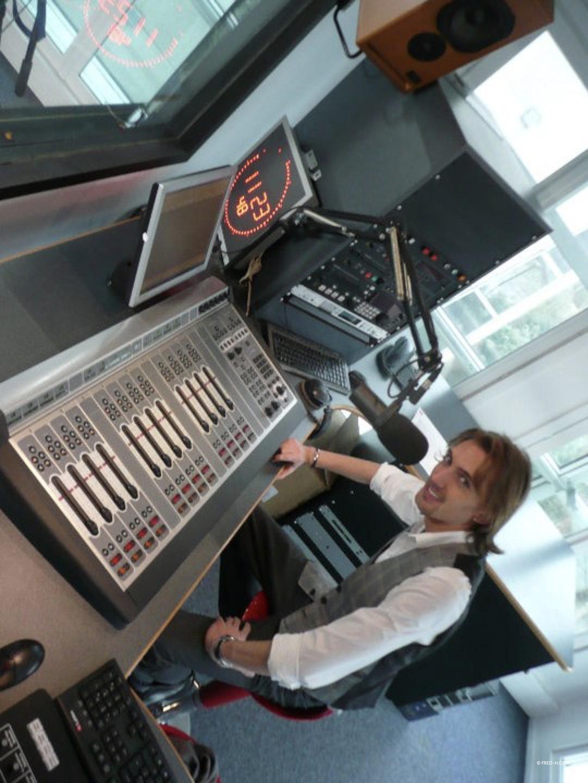 Fred H dans les locaux de Radio Sensations Yvelines/Essonne à Guyancourt
